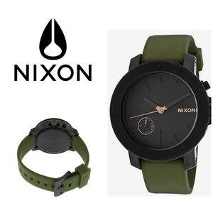 Nixon Women's Watch The Raider